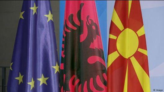Albanien, Nordmakedonien og EU