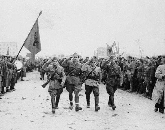 Albaniens befrielse 1945